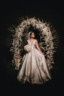 美女新娘婚纱摄影手机图片壁纸