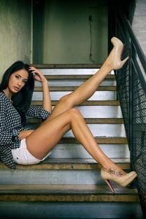 性感美丽的大长腿美女壁纸2