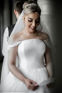 新娘婚纱礼服写真手机图片壁纸