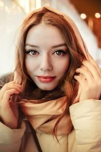 冬季雪地清新美女写真图片壁纸3