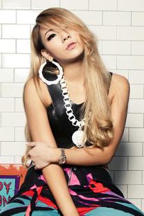 亚洲明星美女高清安卓手机壁纸