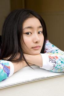 甜美可爱的清纯美少女手机壁纸