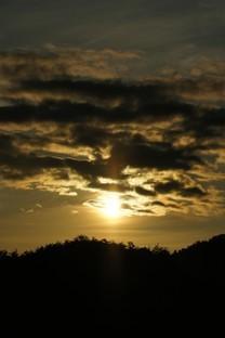 傍晚夕阳唯美风景图片壁纸