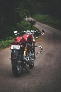 酷炫摩托车手机图片壁纸
