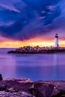 高清海边灯塔图片壁纸