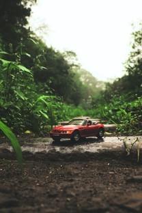 可爱精致的玩具汽车图片壁纸3