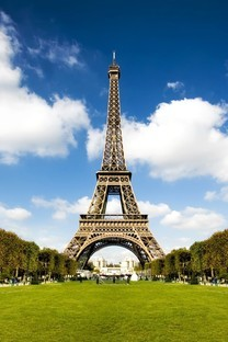 法国巴黎埃菲尔铁塔图片桌面壁纸2