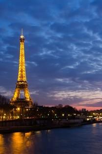 法国巴黎埃菲尔铁塔图片桌面壁纸3