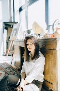 气质美女手机图片壁纸