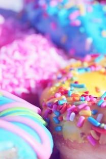甜甜圈高清图片素材桌面壁纸