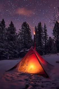 大雪后山中小屋的唯美图片壁纸
