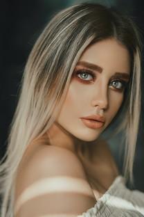 美女拍摄养眼唯美图片壁纸