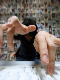 非主流手势图片壁纸