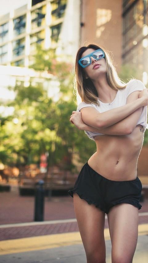 性感妩媚的美女诱人写真图片壁纸2