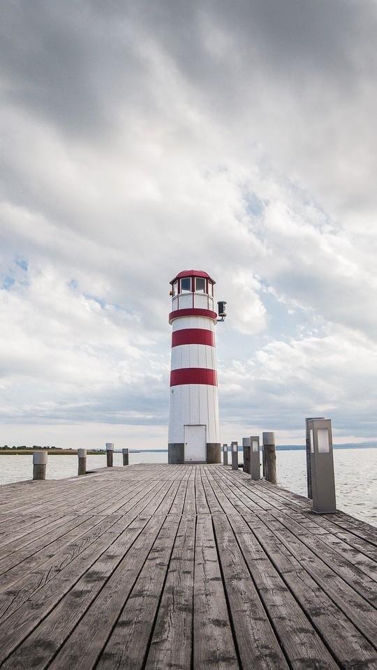 海边灯塔唯美高清图片壁纸