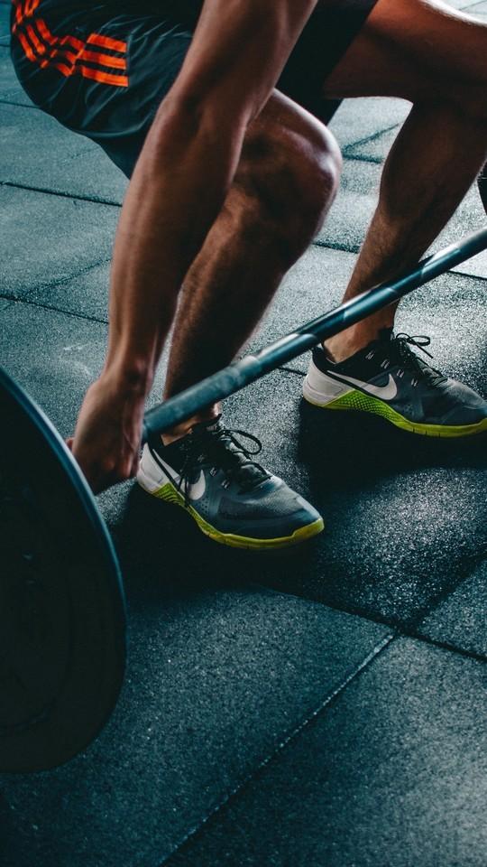 肌肉健身型男图片壁纸