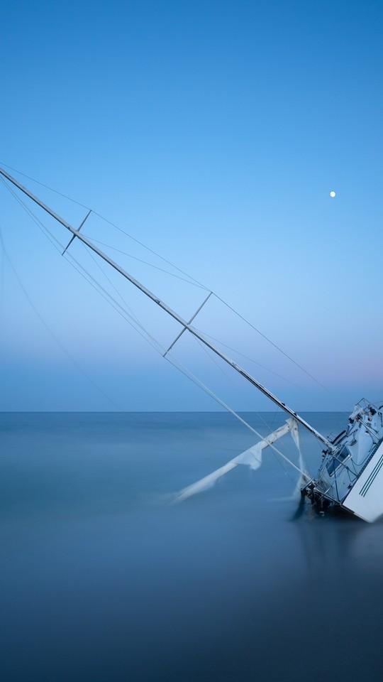 唯美水景船图片壁纸2