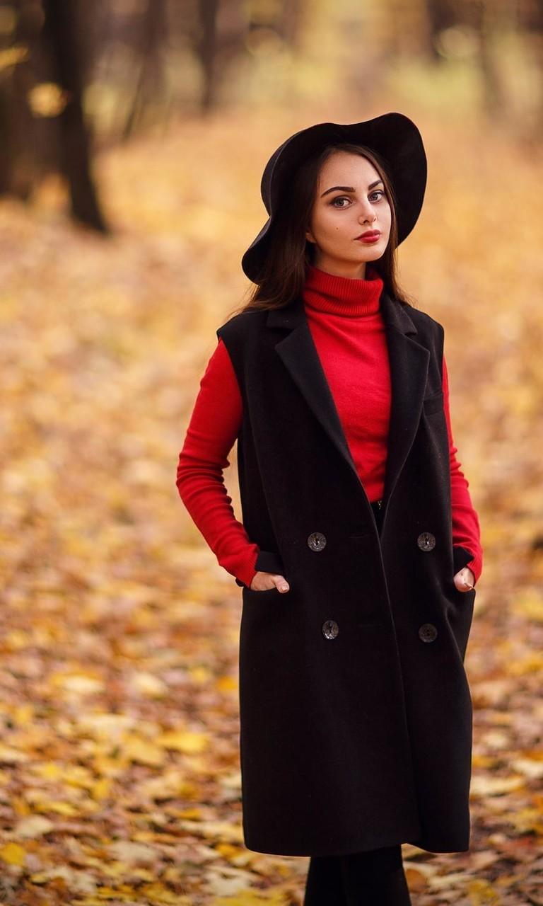 戴帽子的美女壁纸2